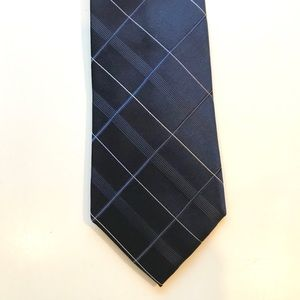 DKNY 100% Silk Tie Navy